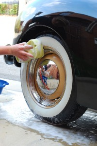 washing whitewall tires